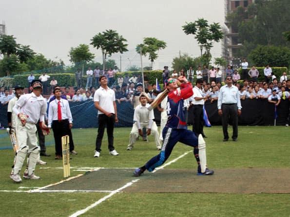 IPL 2012: Sachin Tendulkar a magnificent player, says Kevin Pietersen
