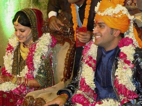 IIFD to design dress for Mr and Mrs Dhoni
