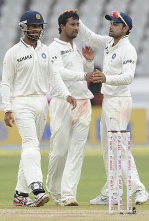 Rain delays start of third day's play between India-New Zealand at Hyderabad