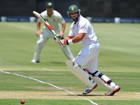 Kallis steadies South Africa after Australia make early breakthroughs