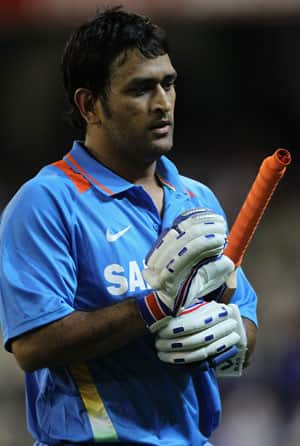 MS Dhoni praises bowlers after win in second ODI against Sri Lanka