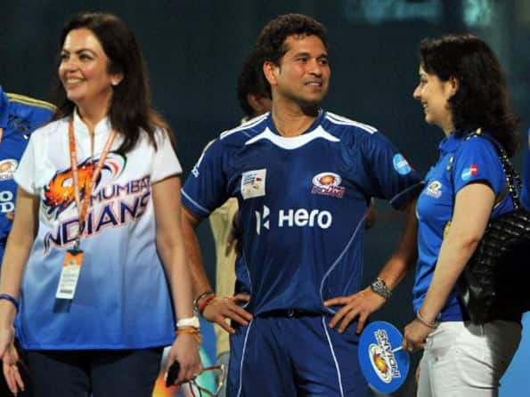 Mumbai Indians to train five young cricketers
