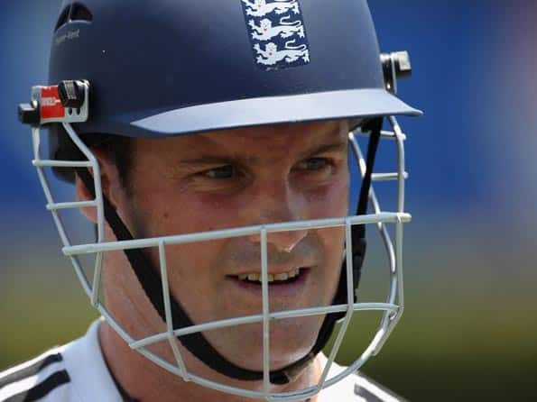 Strauss delighted with bowlers' performance