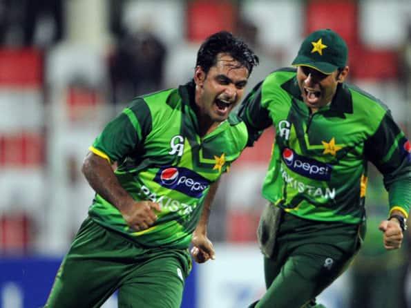 Mohammad Hafeez reckons bowlers give Pakistan edge over Australia