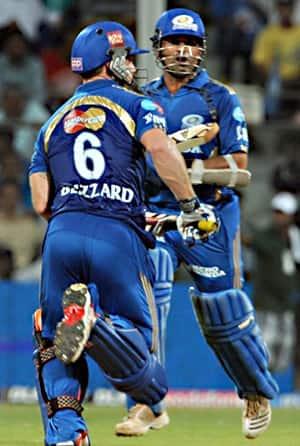 Mumbai edge out Kolkata; will face Bangalore in second Qualifier