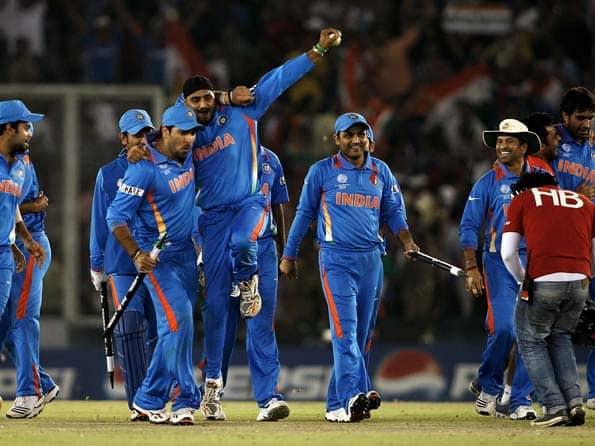 India defeat Pakistan to make final