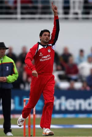 Promising Pakistan pacer Junaid Khan may get nod to play against England