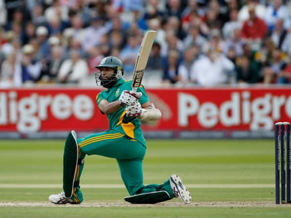 ICC World T20 2012: South Africa lose Hashim Amla early in Super Eights clash against Pakistan
