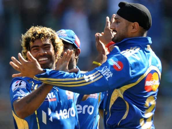 IPL 2012: Harbhajan Singh blames Mumbai batsmen for loss against Pune