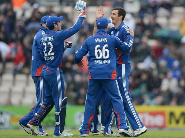 England win toss, elect to bowl in second ODI