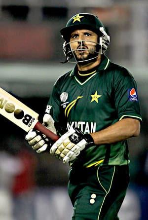Afridi could lose Karachi captainship to Sami