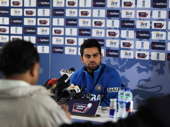 IPL 2012: Cheerleaders are not bad girls who show off, says Virat Kohli