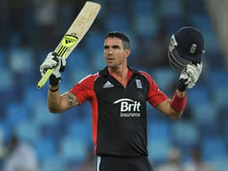 Pietersen scores consecutive ton as England wrap up ODI series