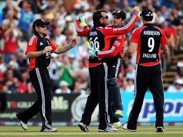 Live Cricket Score Pakistan vs England: Fourth ODI match at Dubai
