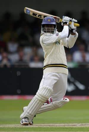 Lankan captain Dilshan scores quick-fire century against Middlesex