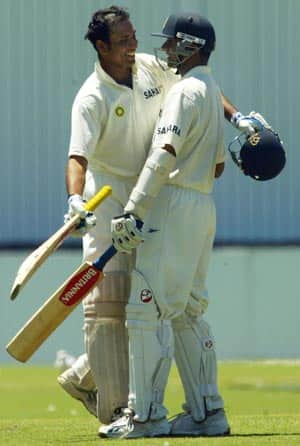 Laxman, Dravid move up in ICC Test rankings for batsmen