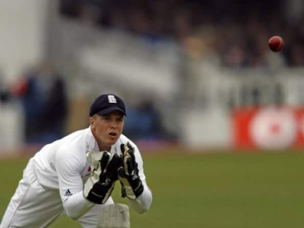 England wicketkeeper Tim Ambrose reveals suffering from depression