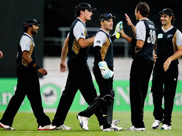Live Cricket Score New Zealand vs South Africa 2nd T20 match at Hamilton