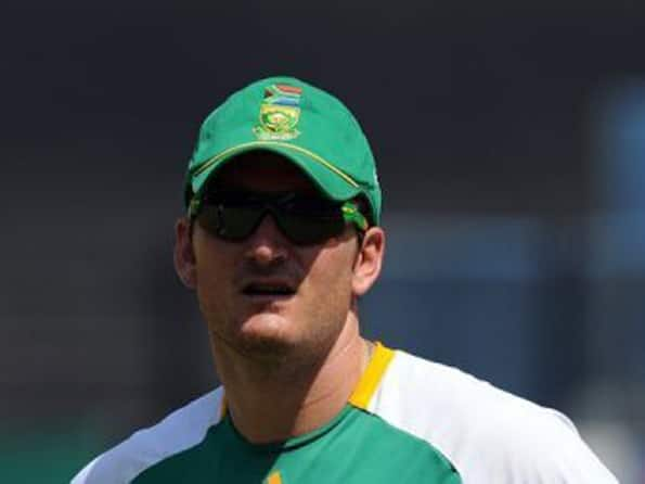 Proteas skipper Graeme Smith recovering well from ankle surgery