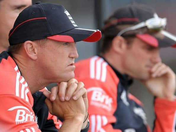 Andy Flower blames England's extensive lay-off for whitewash