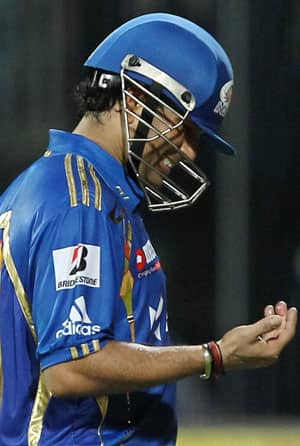IPL 2012: Mumbai hopeful of Sachin Tendulkar's availability in clash against Pune