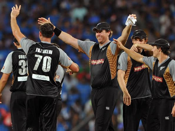 Live Cricket Score: New Zealand vs Pakistan, ICC T20 World Cup 2012 Group D match at Pallekele