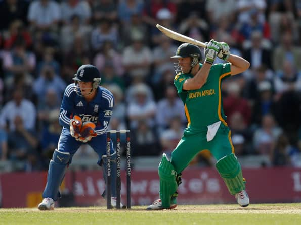 South Africa opt to bat against England in third ODI at Kennington Oval