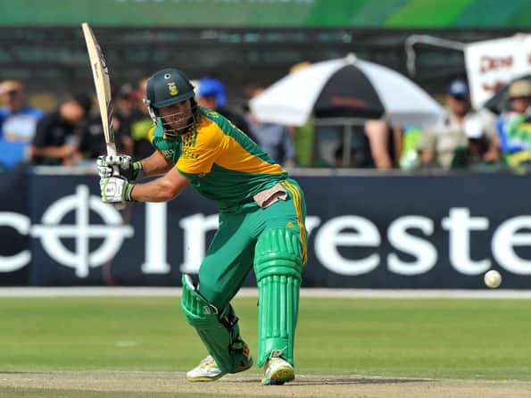 ICC World T20: AB de Villiers steers South Africa to challenging total against New Zealand