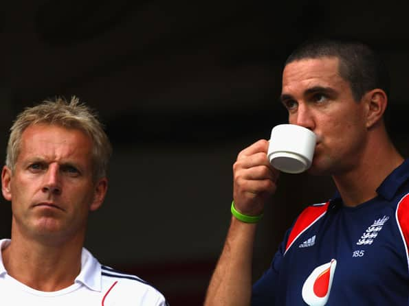 Peter Moores says axing Kevin Pietersen ahead of India tour not easy