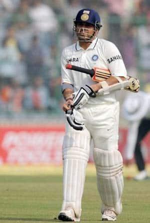 Tendulkar must get 100th ton before Australia series: Shastri