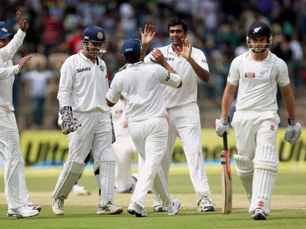 R Ashwin grabs five-for but New Zealand extend lead to 244
