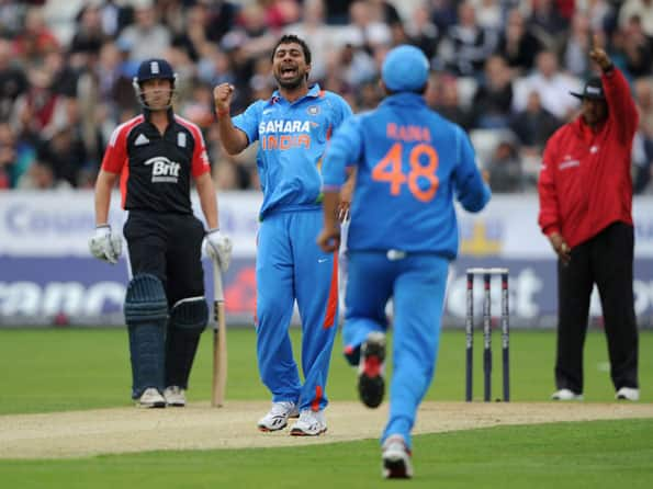 Lack of express bowlers a problem, says Indian team manager