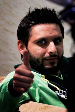 Afridi meets Butt, could play in England and Sri Lanka T20 leagues