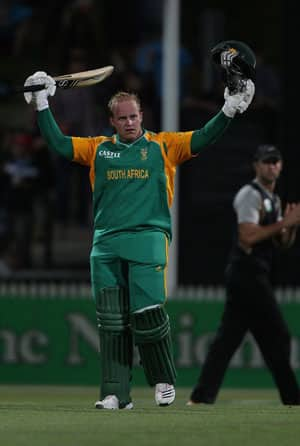Richard Levi blitzkrieg helps South Africa level T20 series against New Zealand