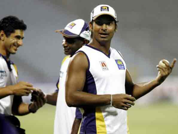 Sangakkara defends Tendulkar, Dravid; says age no criterion for selection