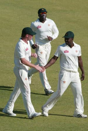 Zimbabwe retain squad for Pakistan series