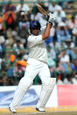 Irani Trophy 2012: Murali Vijay slams double century as Rest of India extend lead