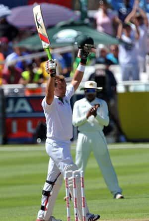 South Africa dominate on day one as Kallis scores unbeaten century