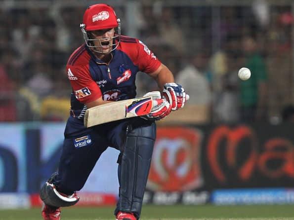 Delhi win toss, elect to bat against Kolkata as Warner, Aaron return