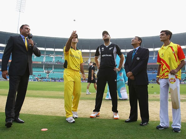 Australia choose to bowl first against New Zealand