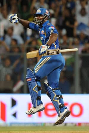 IPL 2012: Mumbai will look to continue winning momentum in playoffs, says Dwayne Smith