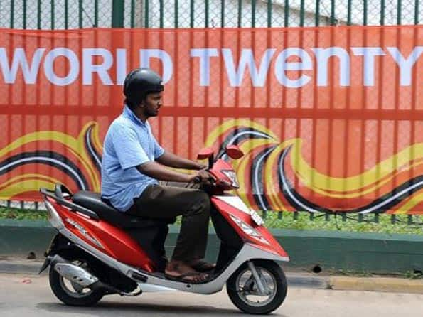 ICC World T20 2012: Sri Lankan firm defends water supply after bug hits tournament
