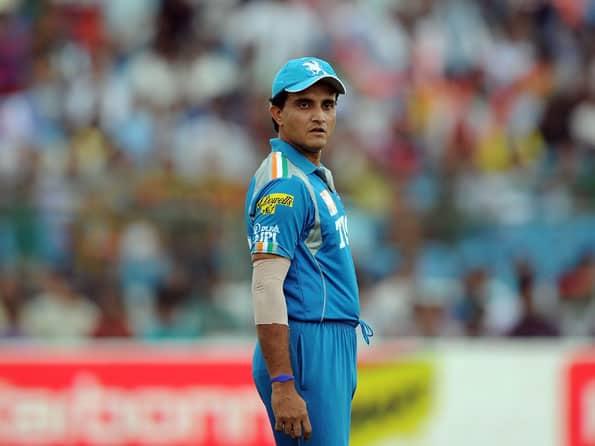 IPL 2012: Sourav Ganguly slams Virender Sehwag's poor captaincy