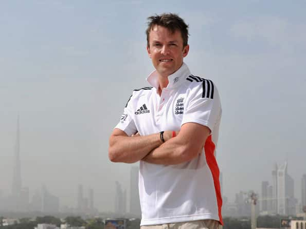 Graeme Swann backs the idea of playing two spinners against Pakistan