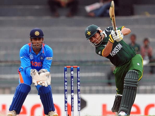 ICC World T20 2012: Kamran Akmal onslaught guides Pakistan to win against India in warm-up match
