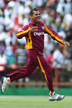 IPL 2012: KKR confirms Sunil Narine's availability for entire season