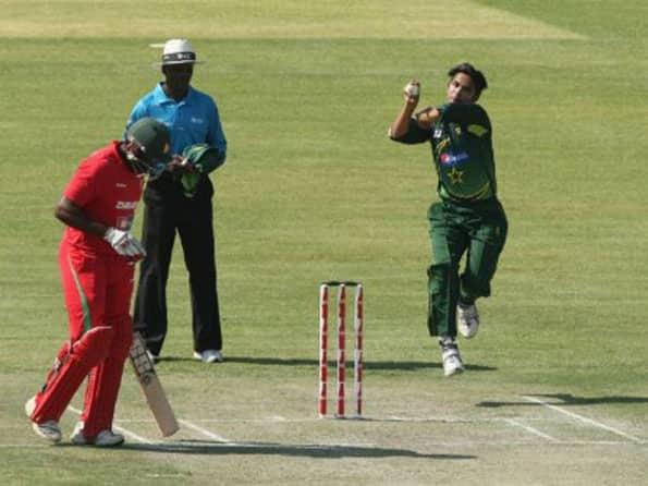 Pakistan scamper to five run win over Zimbabwe