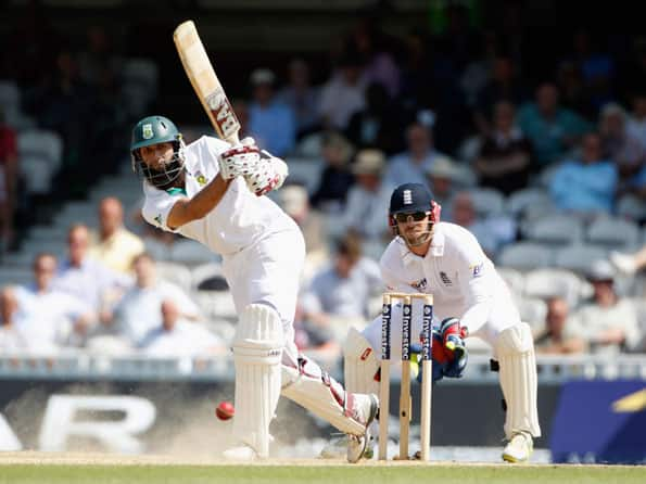 Hashim Amla's half century takes South Africa to respectable total on day three