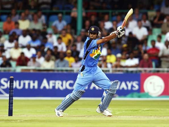 Tendulkar and Ganguly praise 'unsung hero' Dravid