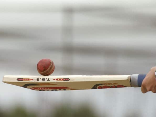 Parliamentarians beat Chief Ministers in cricket match